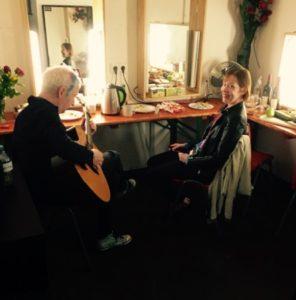 Suzanne Vega Backstage in Berlin. Foto: Linus Dessecker / Kobalt Productions.